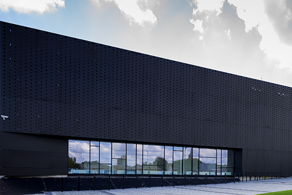 Perforated anodized aluminium facade